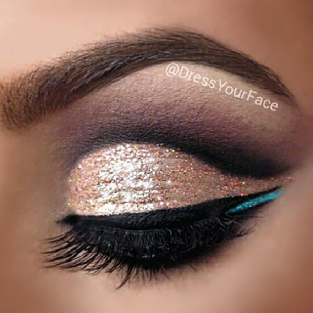 Get this glitter look by using Electric Love & Goldie from @shopvioletvoss