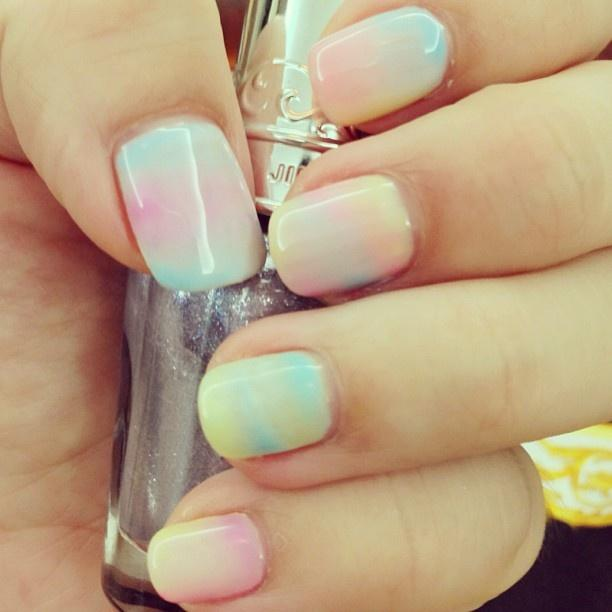 Cotton candy clouds on your nails! - Cotton Candy Nails