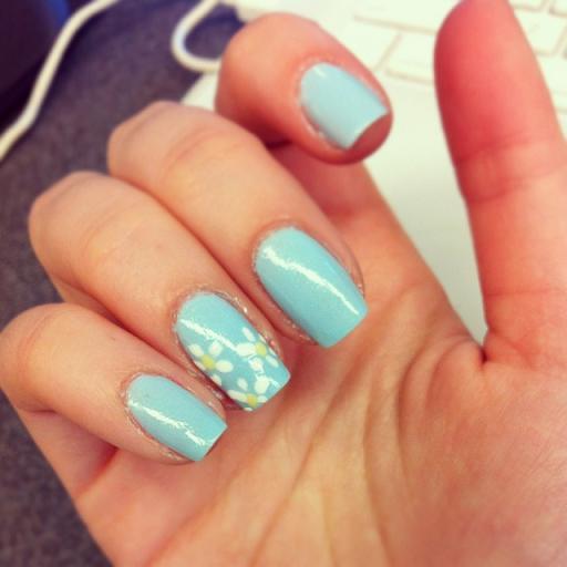 Flower nail flower nails flower nails little flower designs over a sky blue prinsesfo Gallery