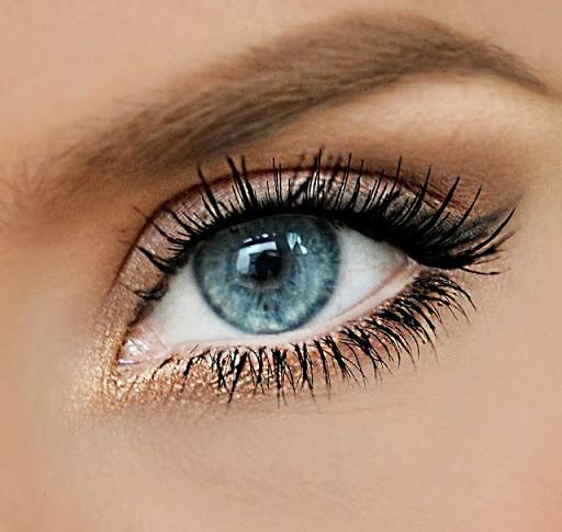 Natural gold winged eye - Maquillage yeux nude ...
