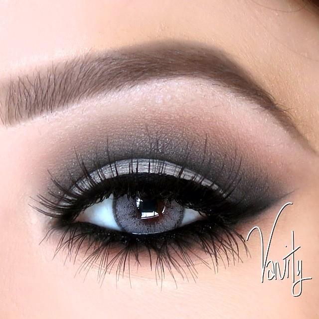 Cut Crease Smokey Eye