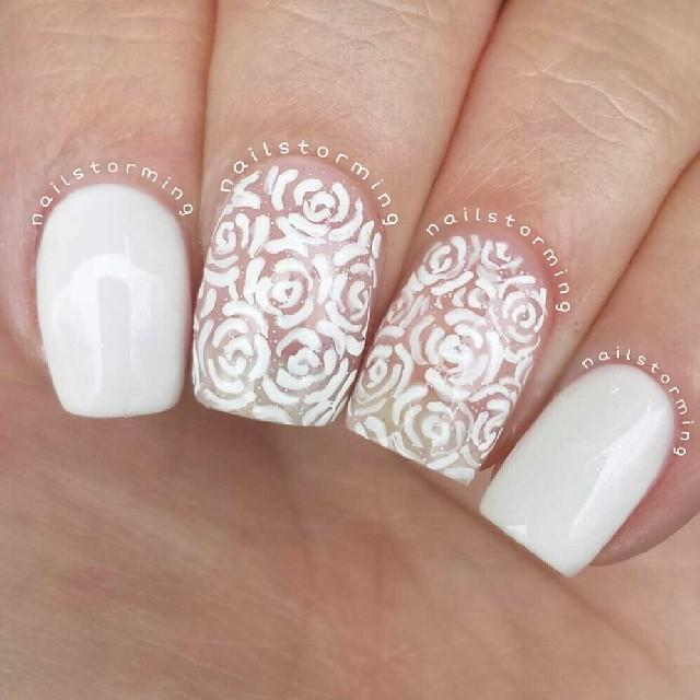 Lace Rose Nails