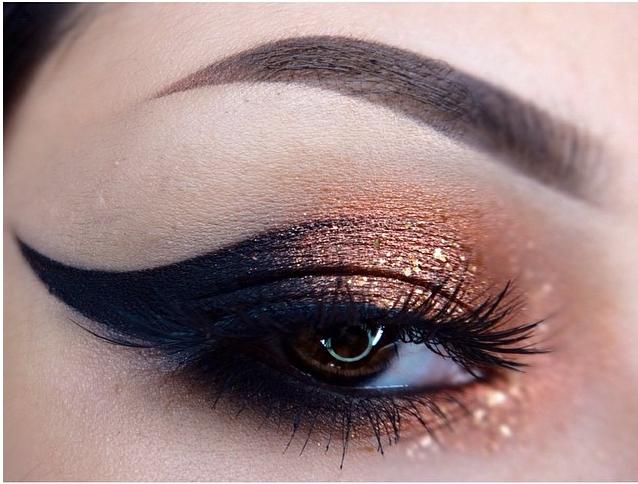 copper and black eyeshadow