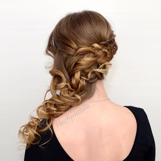 loose curly side braid