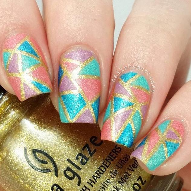 A touch of gold by @nailsbymercedes using China Glaze 'Mingle with Kringle' and 'So Blue Without You'!