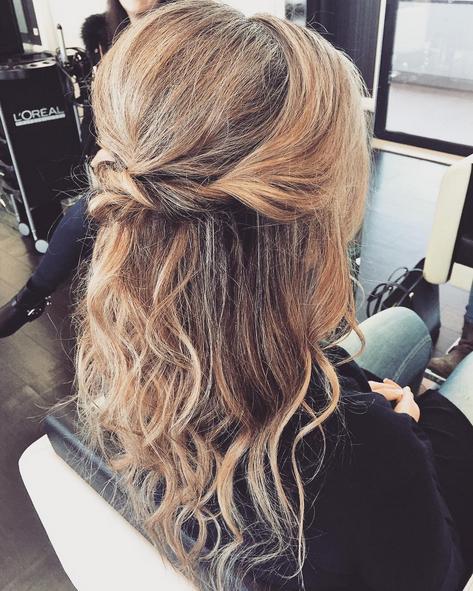 half up twist hair